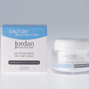 Mỹ phẩm Dalton Jordan Dead Sea Salt 24h Care Cream